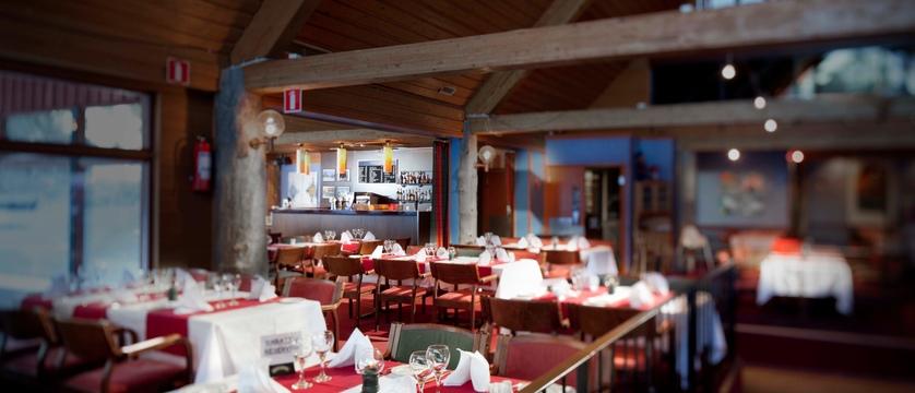 finland_lapland_yllas_akas-hotel_restaurant2.jpg